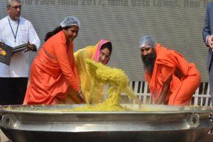 800 Kg 'Khichdi' World Record Attempt