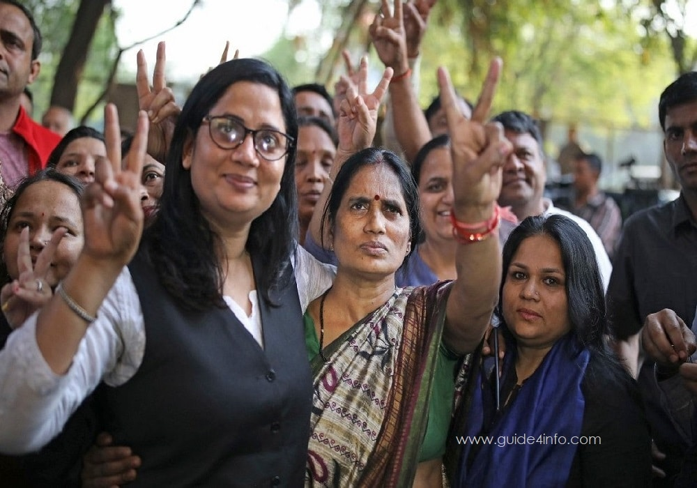 Seema Samridhi Kushwaha along with Nirbhaya mother